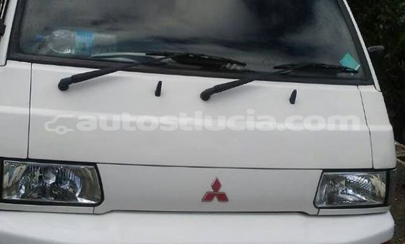 Buy Used Mitsubishi L300 White Car in Castries in Castries