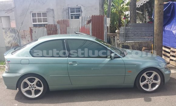 Buy Used BMW 315 Green Car in Castries in Castries