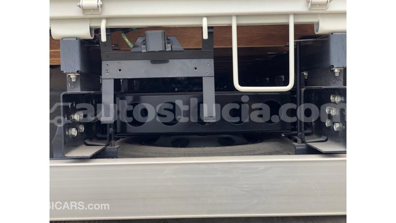 Big with watermark isuzu ftr 850 anse la raye import dubai 3537