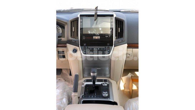 Big with watermark toyota land cruiser anse la raye import dubai 3601