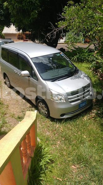 Big with watermark toyota noah castries castries 3798